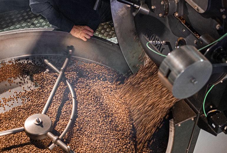 bohnen-im-roester-speicherstadt-kaffeeroesterei